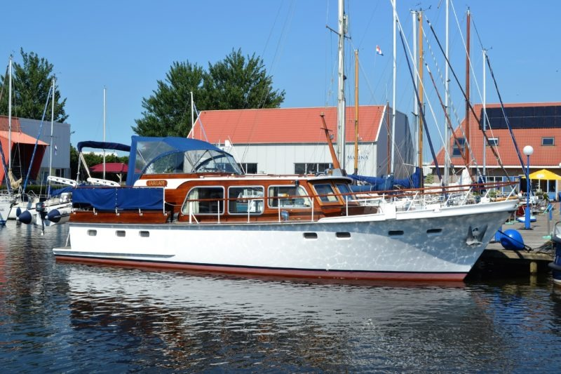 Super Van Craft 12.60 – 1974 – Motor Yacht – Superyacht motor